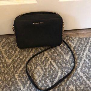 Michael Kors shoulder bag like new